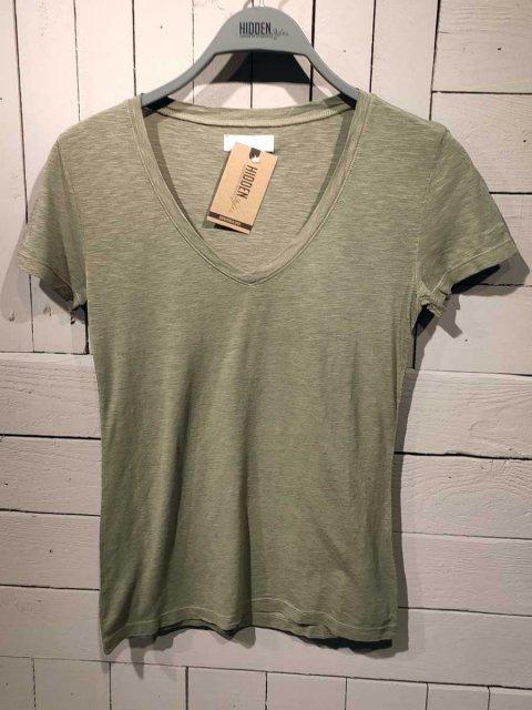 BLAUMAX T-shirt Leonie Light Olive | Artikelnummer:leonie 7050