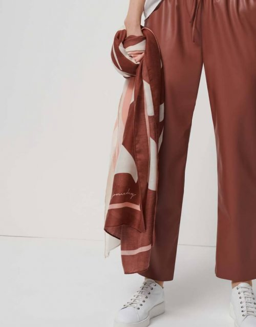 SOMEDAY Sjaal Batiss Like Berry | Artikelnummer:710528007 4107