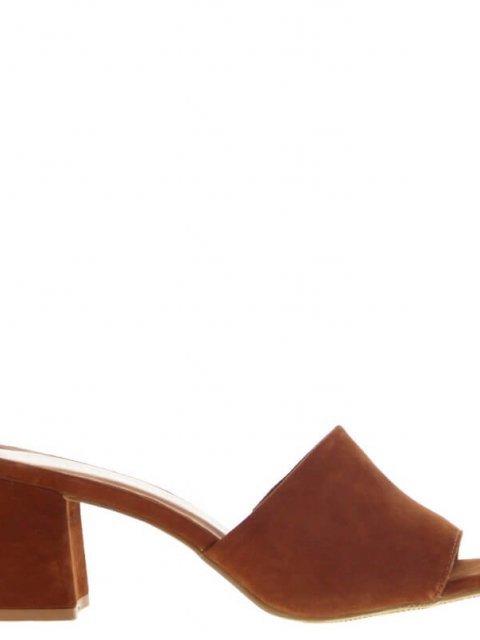 TANGO Slipper Brooklynn Nubuck Cognac | Artikelnummer:brooklynn.1A 800
