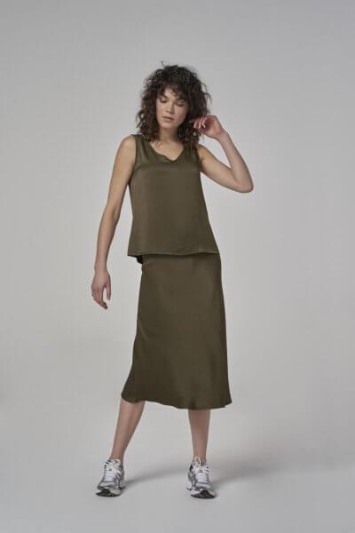 SIMPLE Singlet Izzi woven Olive Military | Artikelnummer:izzy olive