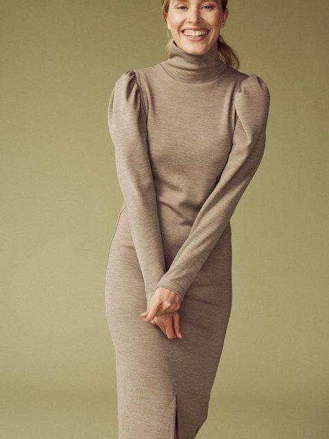 FEMMES du SUD Jurk Celeste Wool Taupe   Artikelnummer:celeste taupe